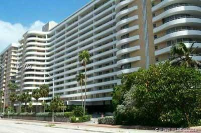 Oceanside Plaza, Oceanside Plaza Condo Condo For Sale: 5555 Collins Ave #6W