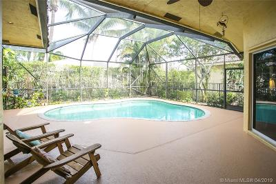 Weston Single Family Home For Sale: 3764 Oak Ridge Cir