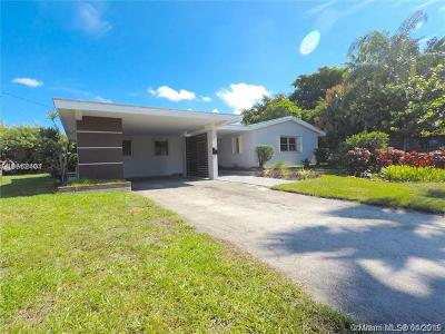 Oakland Park Single Family Home For Sale: 50 NW 33rd St