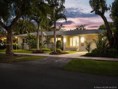 Coral Gables Single Family Home For Sale: 1520 Robbia Ave