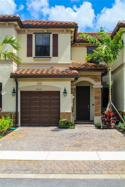 Davie Condo For Sale: 6543 N Anise Ct. #6543