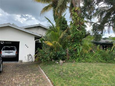 Dania Beach Single Family Home For Sale: 646 NE 3rd St