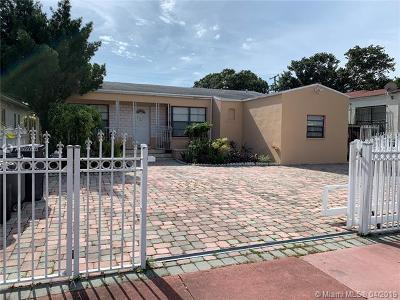 Miami Beach Single Family Home For Sale: 1786 71st St