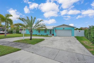 Cutler Bay Single Family Home For Sale: 8204 SW 206 Terr