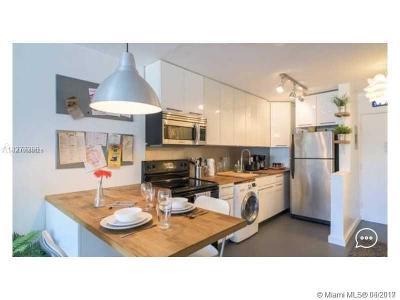 Miami Beach Condo For Sale: 1100 11th St #202