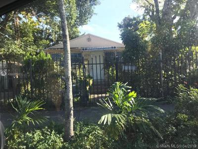 Miami Single Family Home For Sale: 236 NW 32nd St
