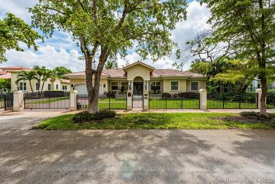 Coral Gables Single Family Home For Sale: 1425 Alberca St