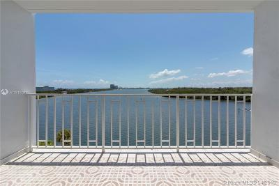 Sunny Isles Beach Condo For Sale: 500 Bayview Dr #726