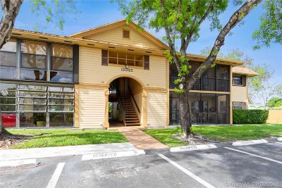 Hialeah Condo For Sale: 19085 NW 62nd Ave #107