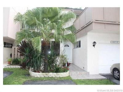 Plantation Single Family Home For Sale: 8252 NW 9th St