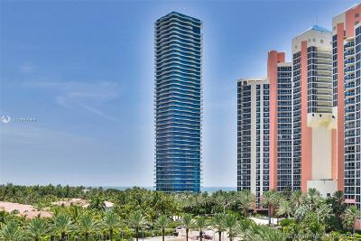 Sunny Isles Beach Condo For Sale: 19575 Collins Ave #30