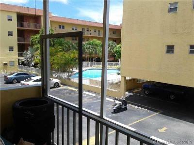North Miami Beach Condo For Sale: 16750 NE 10th Ave #122