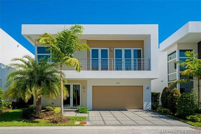 Key Biscayne Single Family Home For Sale: 9781 NW 75th Ter