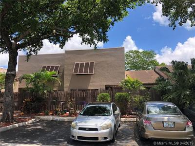 Pembroke Pines Condo For Sale: 1333 NW 122nd Ter