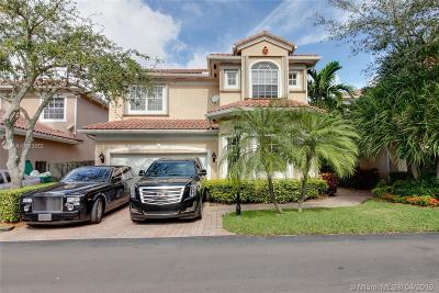 Sunny Isles Beach Single Family Home For Sale: 3933 194th Ln