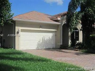 Coconut Creek Single Family Home For Sale: 5032 Pebblebrook Ter