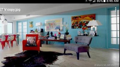 Miami Beach Condo For Sale: 1300 Lincoln Rd #A901