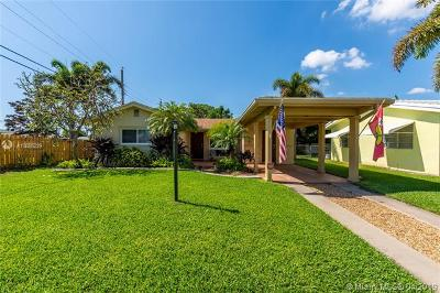 Palm Beach County Single Family Home For Sale: 490 NE 34th St