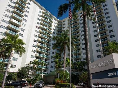 Hollywood Condo For Sale: 3001 S Ocean Dr #115