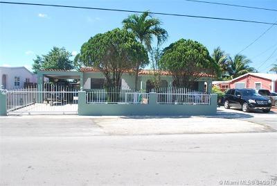 Hialeah Single Family Home For Sale: 530 E 53rd St