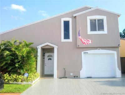Hialeah Single Family Home For Sale: 19902 NW 67th Ct