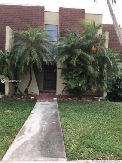 Pembroke Pines Condo For Sale: 8984 Palm Tree Ln #8984