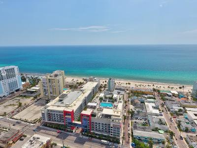 Hollywood Condo/Townhouse For Sale: 777 N Ocean Dr #S504