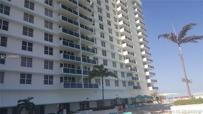 Hollywood Condo For Sale: 3725 S Ocean Dr #1427