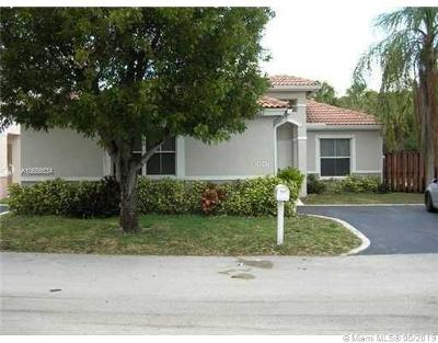 Coconut Creek Single Family Home For Sale: 4767 NW 7th Mnr