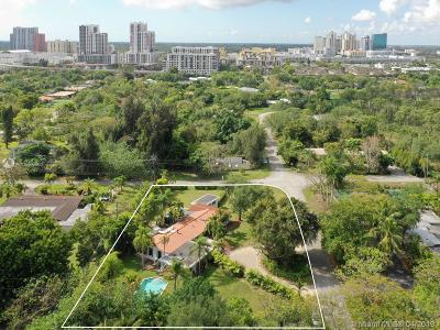 Miami Single Family Home For Sale: 7525 SW 72nd Ct