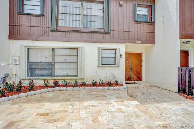 Hollywood Condo/Townhouse For Sale: 3312 Oak Dr #3312