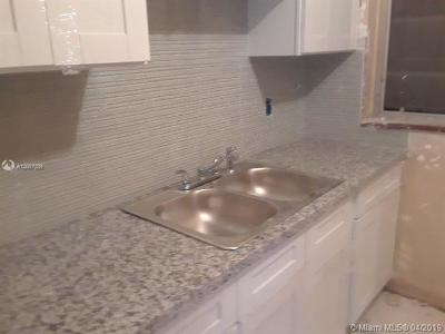 Miami Single Family Home For Sale: 5010 SW 6 St