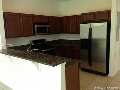Miami Gardens Condo For Sale: 21207 NW 14th Pl #228