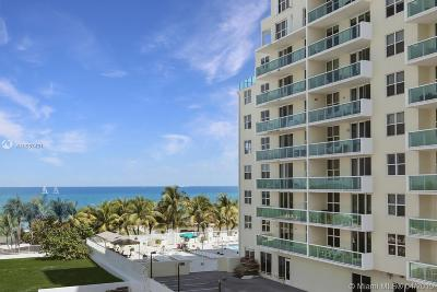 Miami Beach Condo For Sale: 5005 Collins Ave #409