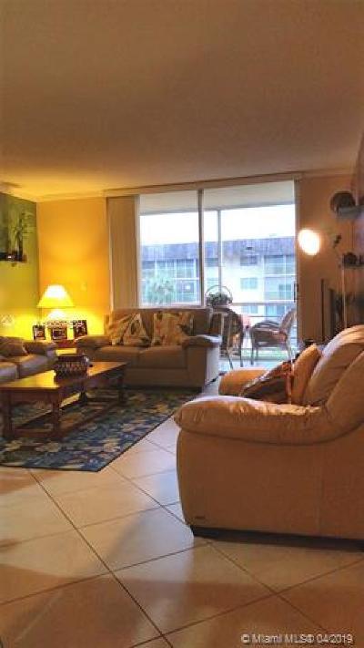 North Miami Beach Condo For Sale: 3750 NE 170th St #300