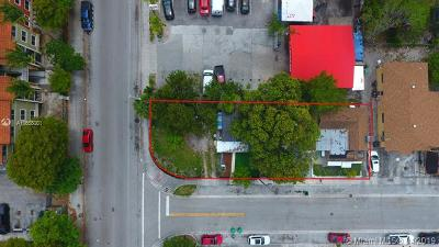 Residential Lots & Land Active With Contract: 1018 NW 26th St