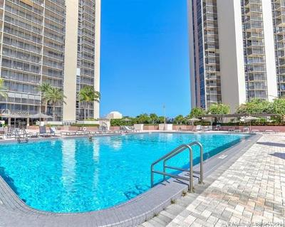 Aventura Condo For Sale: 20301 W Country Club #328