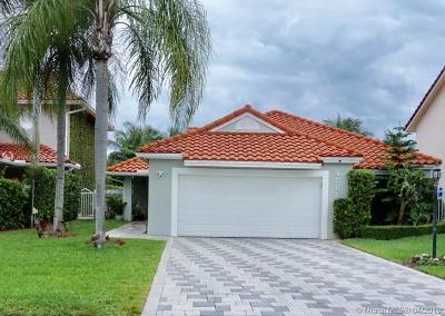 Doral Single Family Home For Sale: 4566 NW 104th Ave