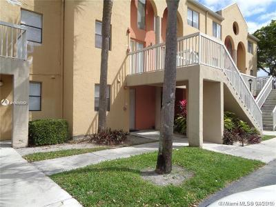 Fort Lauderdale Condo For Sale: 5200 NW 31st Ave #44