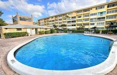 Hallandale Condo For Sale: 410 SE 2nd St #217