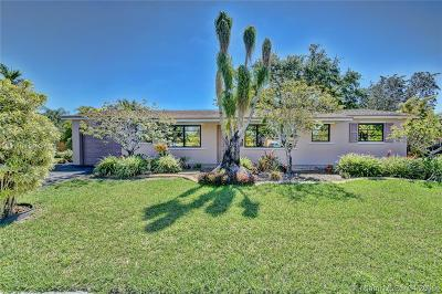 Miami Single Family Home For Sale: 7261 SW 138th Pl