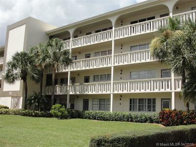 Coconut Creek Condo For Sale: 4701 Martinique Dr #D1