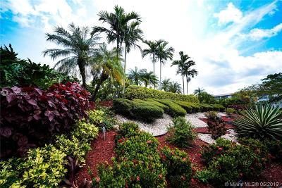 Coconut Creek Condo For Sale: 4502 Martinique Way #B1