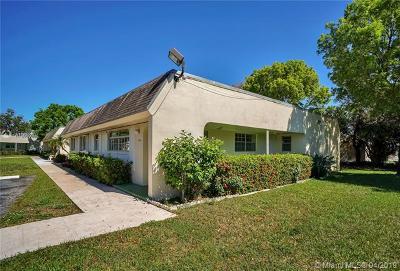Miami-Dade County Condo For Sale: 11256 SW 172nd St #II2744