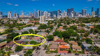 Miami-Dade County Multi Family Home For Sale: 1041 SW 9th St
