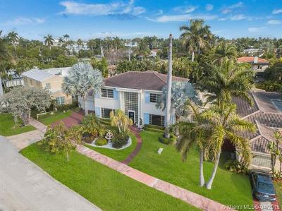 Miami Beach Single Family Home For Sale: 441 W 62nd St