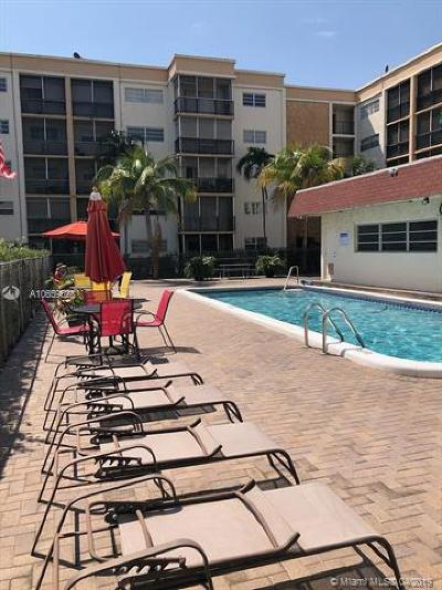Hallandale Condo For Sale: 220 SW 9th Ave #311