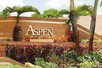 Miami Lakes Condo Active With Contract: 6747 NW 189 Ter