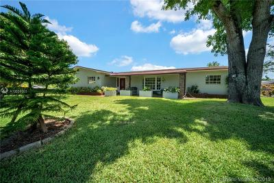 Southwest Ranches Single Family Home For Sale: 16700 SW 51st Ct
