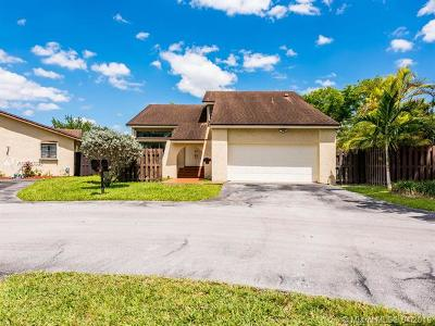 Miami-Dade County Single Family Home For Sale: 11725 SW 132nd Ct